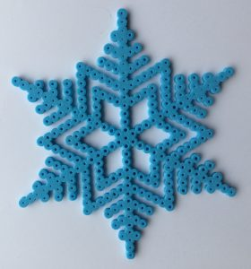 Strijkkralen sneeuwvlok - Strijkkralen en zo!