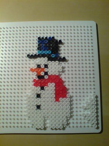 Sneeuwpop met eigen standaard